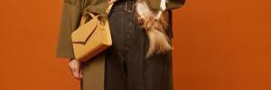 Алена Ахмадуллина одела звезд и их питомцев в одинаковые свитера