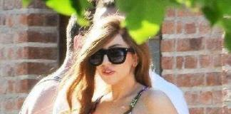 Леди Гага без лифчика: встреча с поклонниками удалась! Фото