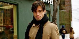 Как носить шарф с пальто мужчине