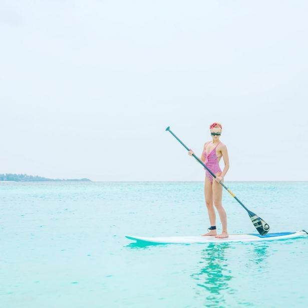 Полина Гагарина показала, как отдыхает с мужем и детьми на Мальдивах: певица опубликовала снимок подросшей дочери (ФОТО)