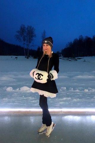 Режим экономии: Рудковская пять лет ходит в одном и том же платье