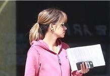 Больше не секси: Холли Берри опозорилась в плюшевом комбинезоне
