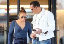 Идеальное сочетание: Дженнифер Лопес и Алекс Родригес восхитили образами на шопинге в Лос-Анджелесе (ФОТО)