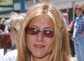 Алена Омаргалиева и юная Дженнифер Энистон: найди пять отличий