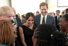 """""""Все в восторге"""": Шарлиз Терон о свадьбе Меган Маркл и принца Гарри"""