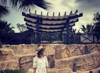 Ксения Собчак показала подросшего сына на отдыхе в Испании (ФОТО)