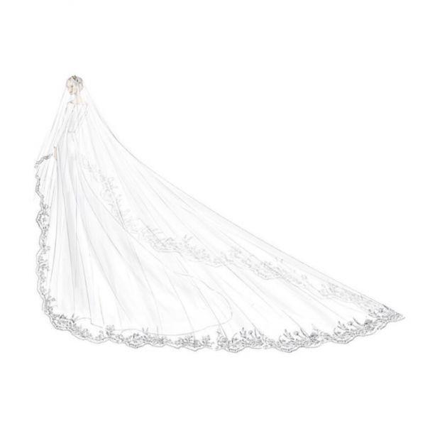 Дизайнер Givenchy рассказала о свадебном платье для Меган Маркл