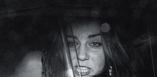 Не по-королевски: в Сети появились скандальные фото принца Уильяма и Кейт Миддлтон