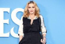 Брейды и акцент на глазах: как Мадонна готовилась к Met Gala 2018
