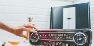 ION MUSTANG LP: виниловый проигрыватель с легендарным дизайном