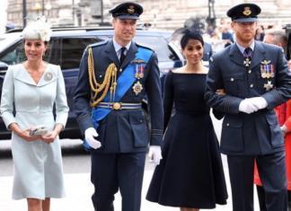 Королевская семья на службе в Вестминстерском аббатстве: образы герцогинь и нарушенный протокол (ФОТО+ВИДЕО)