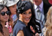 Снова нарушает королевский протокол: Меган Маркл показала нижнее белье на свадьбе друга принца Гарри (ФОТО)