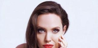Сильно похудевшая Анджелина Джоли была замечена на прогулке с детьми (ФОТО)