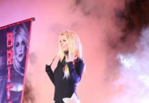 Бритни Спирс показала целлюлитные и толстые ляжки