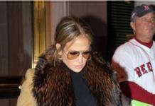 Модный провал: Джей Ло опозорилась в мехах