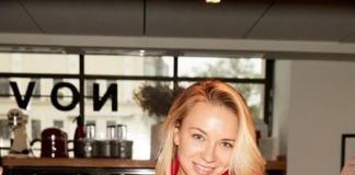 Юлия Пересильд и Екатерина Мухина на камерном завтраке