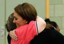Кейт Миддлтон показала, как нужно обниматься