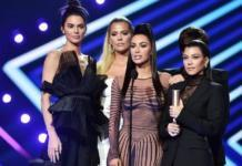 Сестры Кардашьян получили награду премии People's Choice Awards (ФОТО)