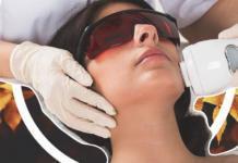 5 косметологических процедур, которые стоит попробовать в молодости