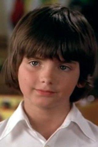 Герой одной роли: как сложилась судьба мальчика из фильма «Игрушка»