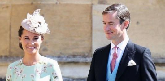 Пиппа Миддлтон: внимание мам к зимнему образу сестры герцогини (ФОТО)