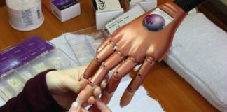 Курсы по наращиванию ногтей в Kodi Academy