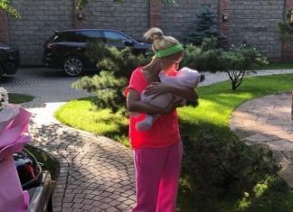 Телеведущая Лера Кудрявцева планирует стать многодетной мамой?