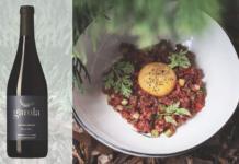 Как грамотно подобрать вино под еду, компанию и случай