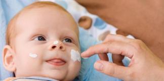 Важность регулярного увлажнения кожи младенца