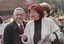 В РПЦ отказались развенчать Евгения Петросяна с Еленой Степаненко