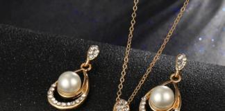 Золотые серьги с жемчугом – гармония совершенства