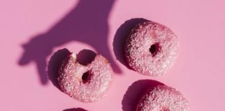 Сколько калорий можно съесть в день: три варианта меню
