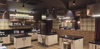 Пароли и явки: где научат делать сочный стейк