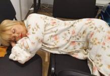 Пригожин показал поклонникам спящую на стульях Валерию