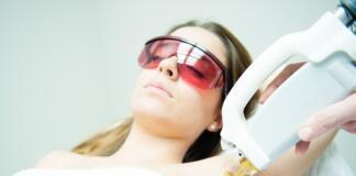 Как выполняется лазерная эпиляция?