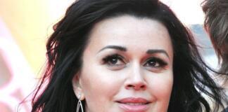 Борется за жизнь: Анастасия Заворотнюк перенесла вторую операцию