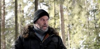 """""""Холодная кровь"""". Жан Рено спасает красивую девушку в лесах Карпат, а дом Януковича стал психушкой"""