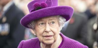 Елизавета II решила отказаться от престола