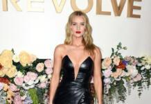 13 самых крутых звездных декольте на REVOLVE Awards 2019
