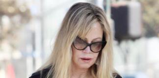 62-летняя Мелани Гриффит пытается скрыть морщины за огромными очками