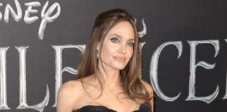 Сальма Хайек показала, как выглядит Джоли без фотошопа и грима