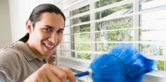 Мужчина притворился женщиной ради работы уборщицей
