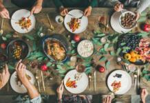 Советы диетолога: как пережить новогоднее застолье
