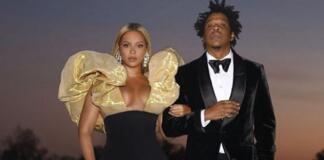 """А так можно было? Бейонсе и Джей Зи пришли на """"Золотой глобус"""" со своим шампанским"""